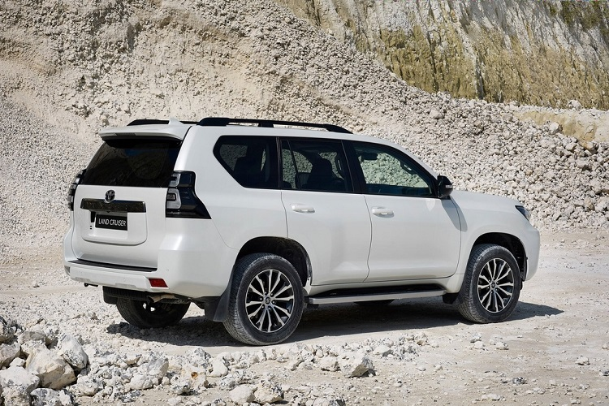 Toyota Land Cruiser 2021 moi vua ra mat co gi hay?-Hinh-2
