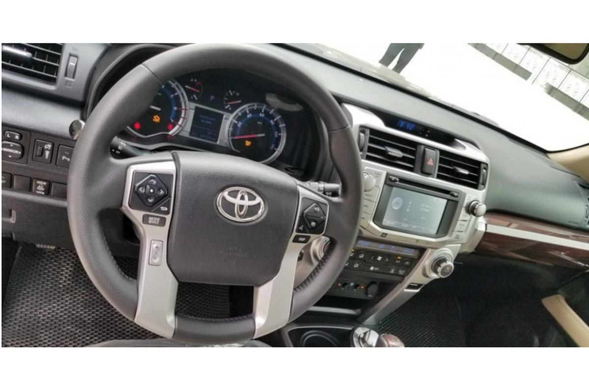 Co nen mua Toyota 4Runner 2013 nhap My, hon 2 ty o Sai Gon?-Hinh-6