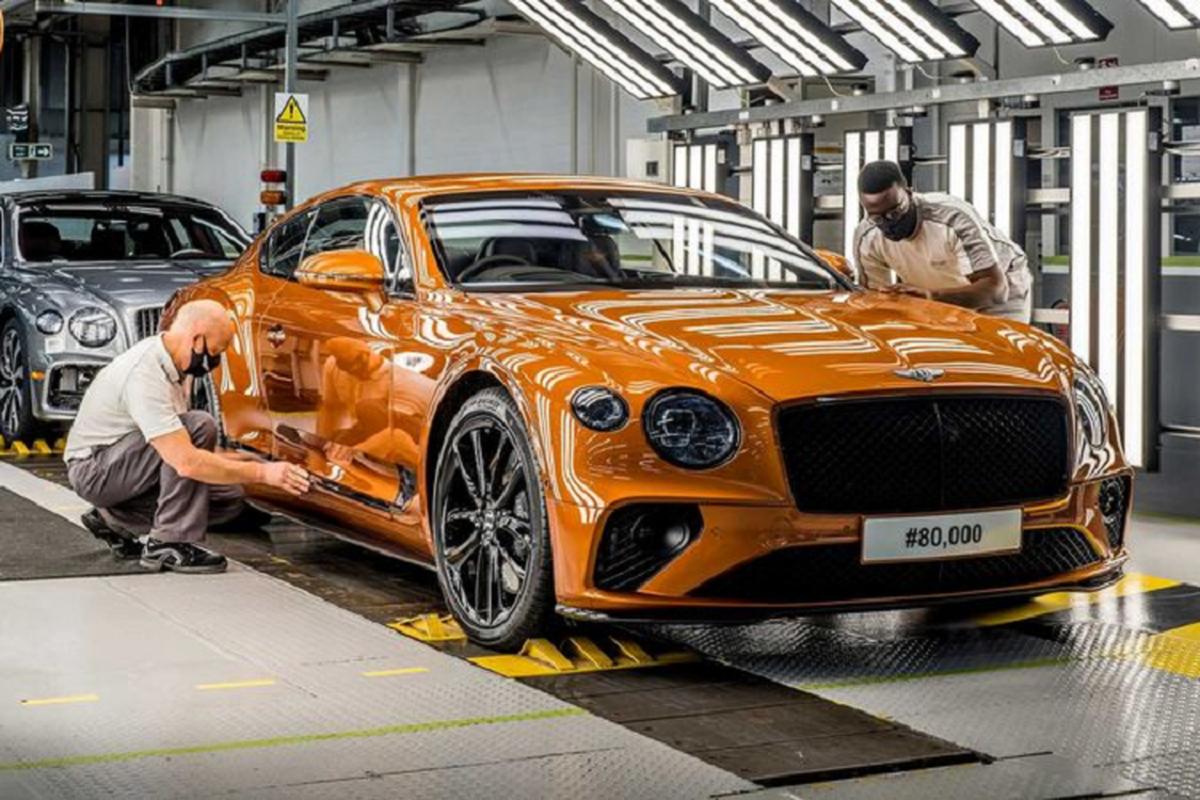 Xe sieu sang Bentley Continental GT dat cot moc 80.000 chiec-Hinh-2