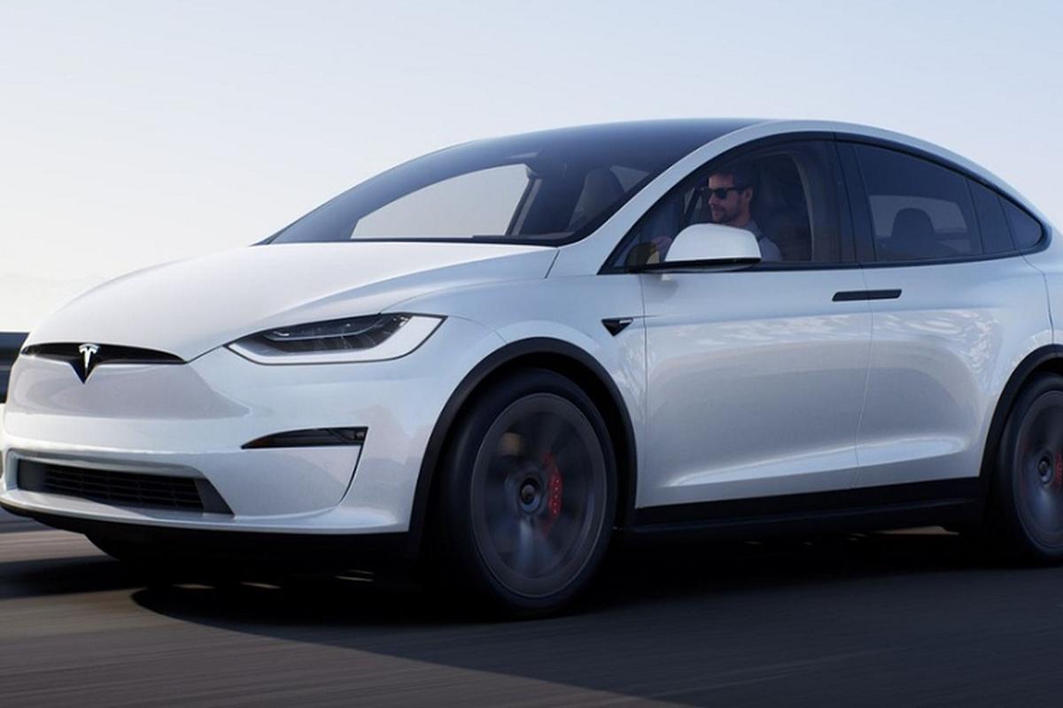 Tesla Model X 2021 tu 1,92 ty dong nang cap nhung gi?