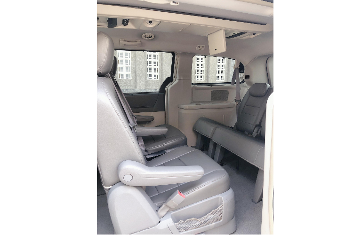 """Cua la"" Dodge Grand Caravan 7 cho, chi 685 trieu o Sai Gon-Hinh-6"