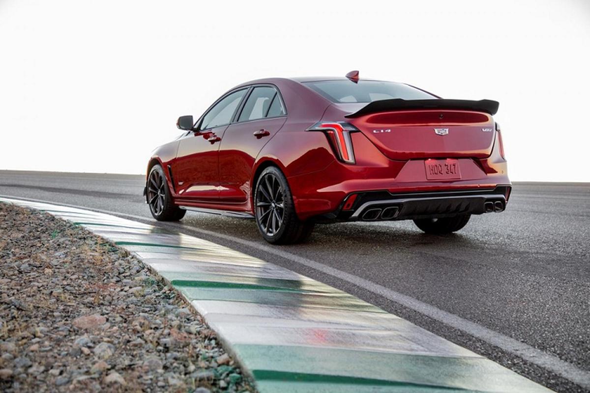 Chi tiet Cadillac CT4-V Blackwing 2022 tu 59.990 USD tai My-Hinh-2