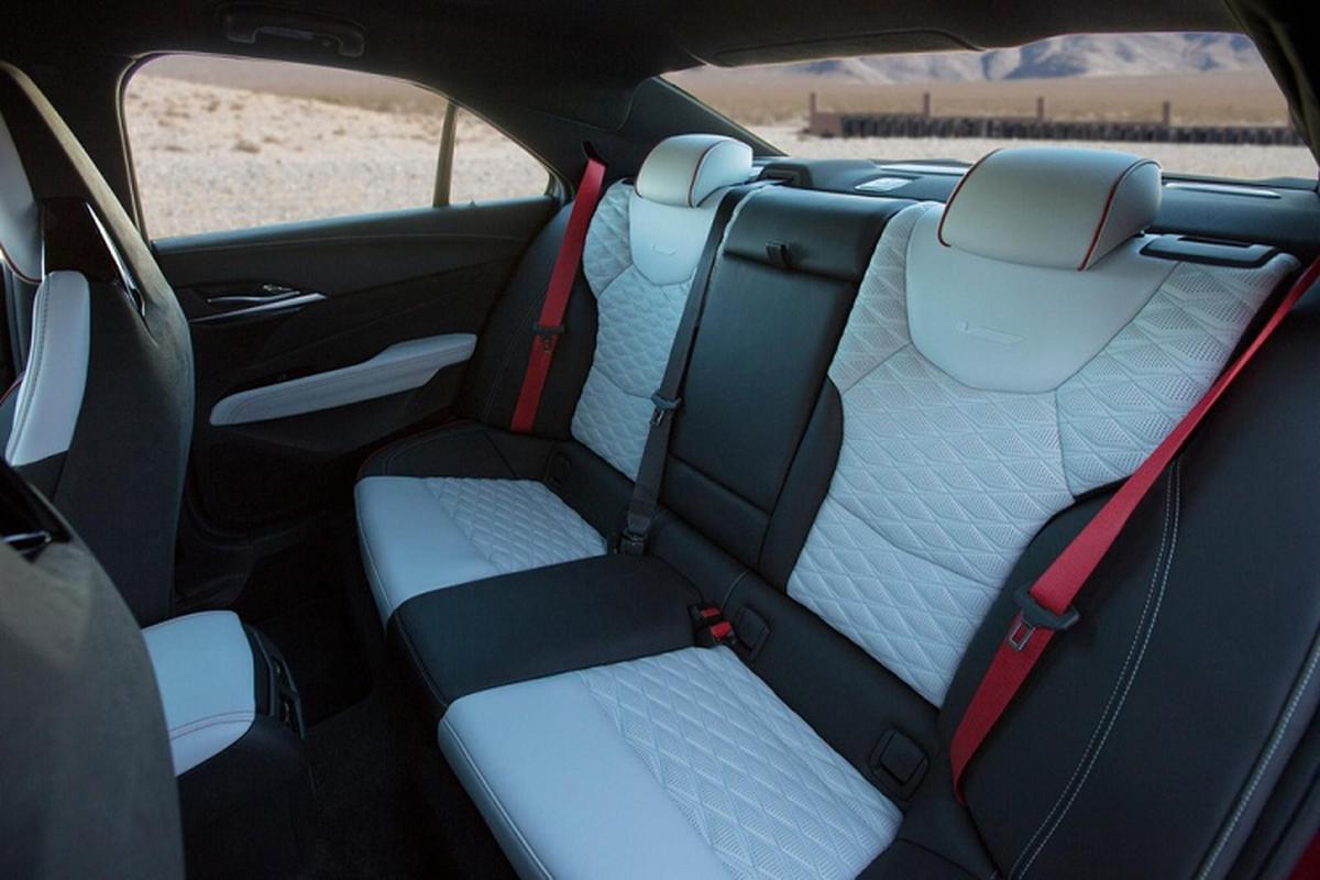 Chi tiet Cadillac CT4-V Blackwing 2022 tu 59.990 USD tai My-Hinh-8