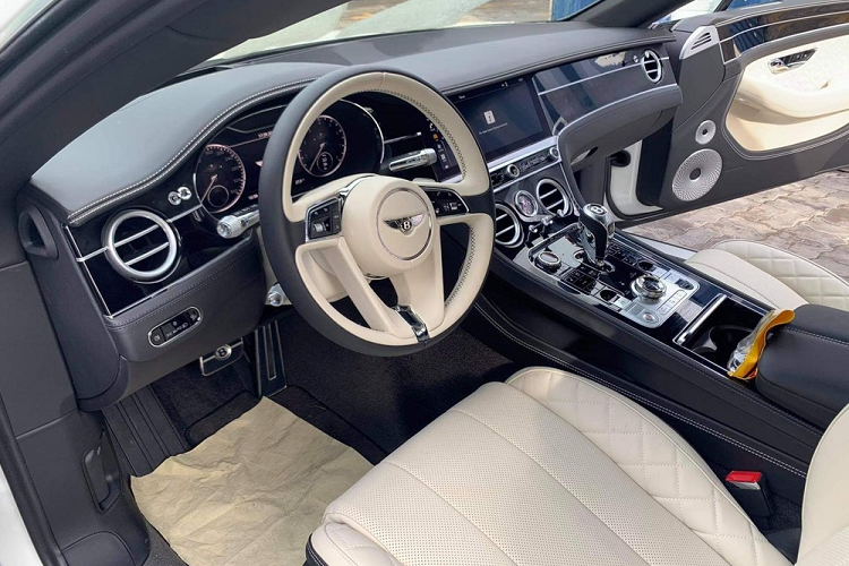 Xe Bentley Continental gan 20 ty