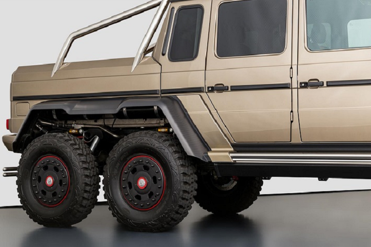 "Mercedes-Benz G63 AMG 6x6 ""chay luot"" chao ban 24,3 ty dong-Hinh-3"