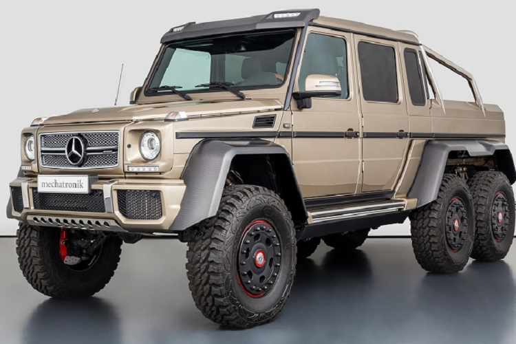 "Mercedes-Benz G63 AMG 6x6 ""chay luot"" chao ban 24,3 ty dong"