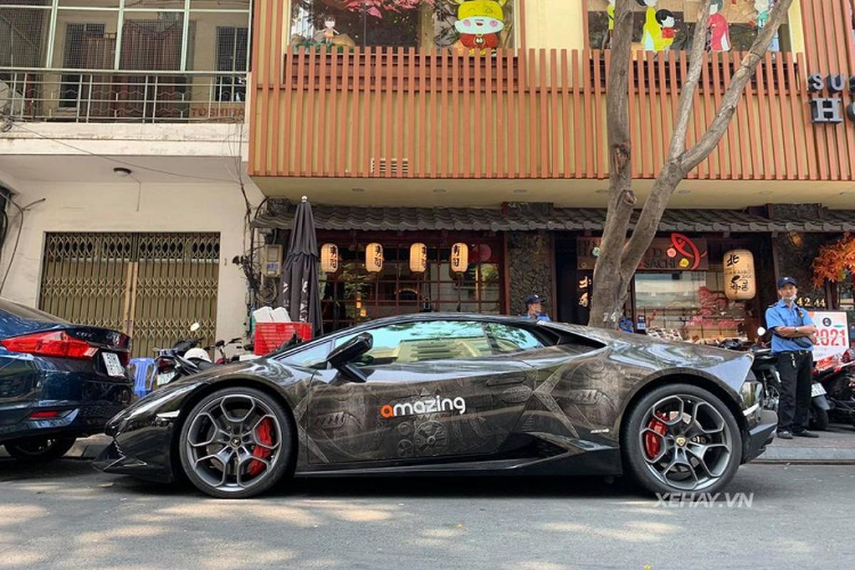 "Sieu xe Lamborghini Huracan voi ""bo canh"" hoa van doc nhat Sai Gon-Hinh-2"