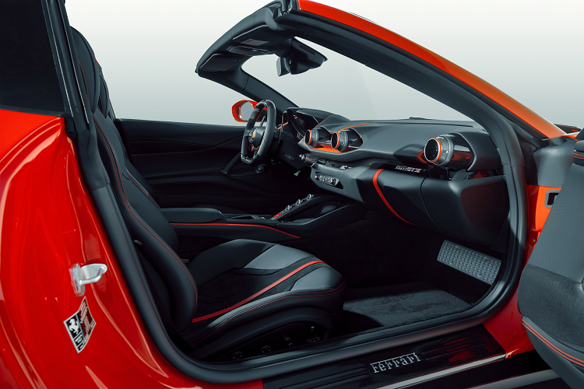 Novitec ra mat goi nang cap sieu xe Ferrari 812 GTS mui tran-Hinh-9