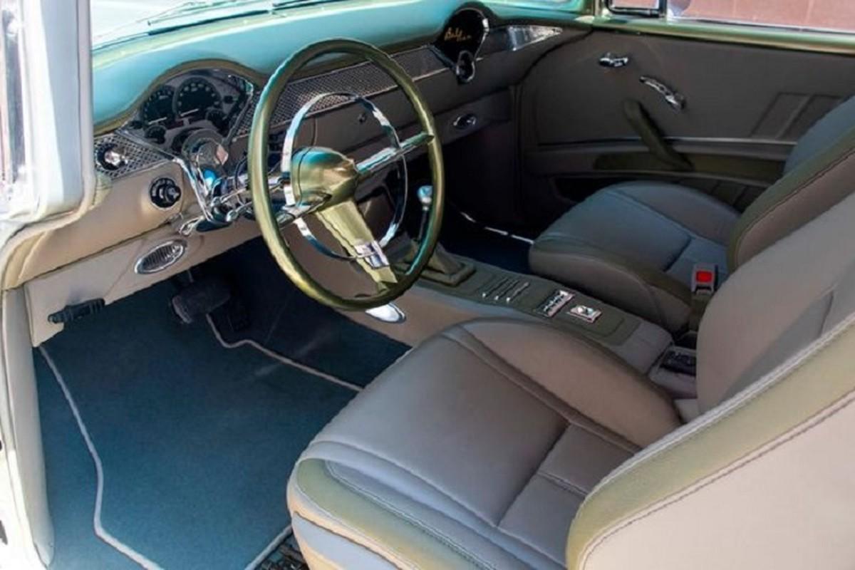 Ngam Chevrolet Bel Air 66 tuoi bong bay, manh toi 525 ma luc-Hinh-5