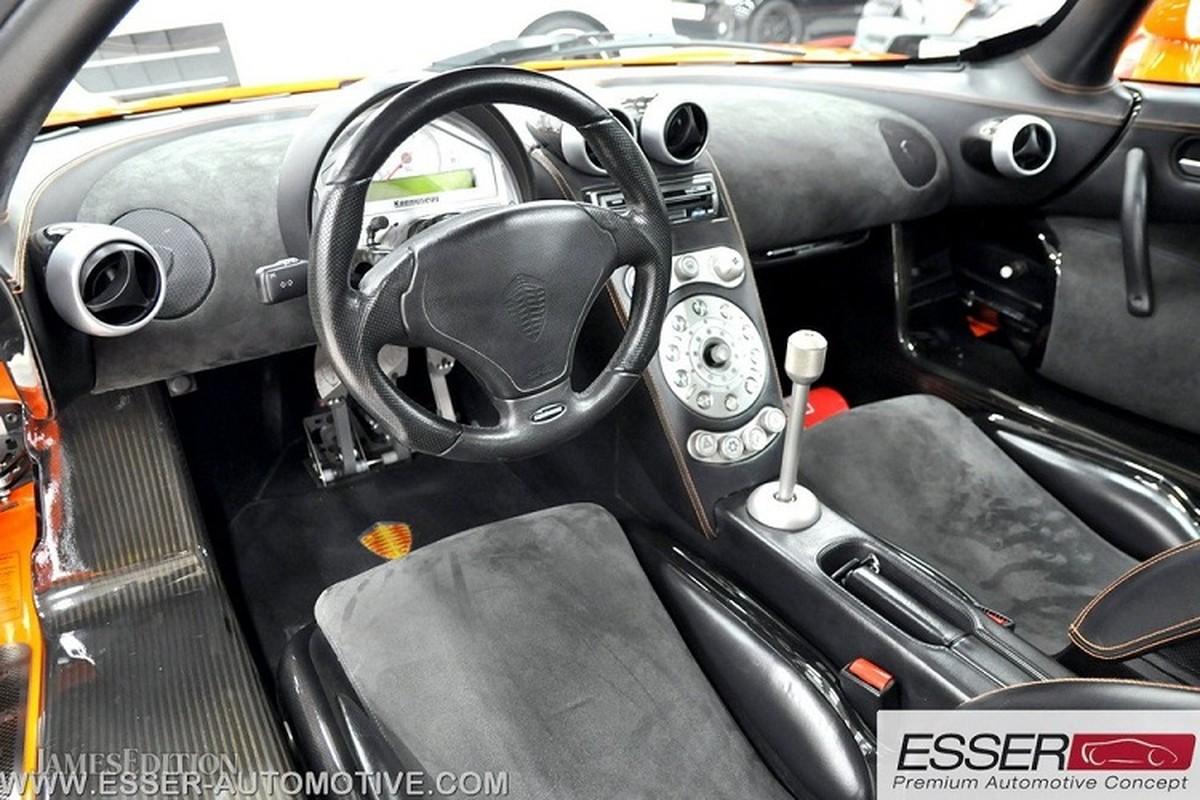 Sieu xe Koenigsegg CCR dung 17 nam rao ban 32 ty dong-Hinh-3