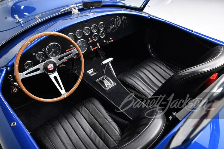 Chiec Shelby Cobra dat nhat the gioi se co gia hon 300 ty dong?-Hinh-4