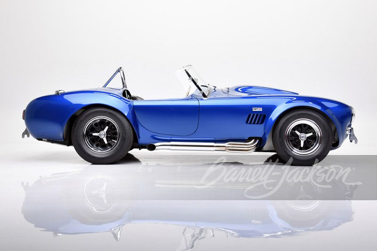 Chiec Shelby Cobra dat nhat the gioi se co gia hon 300 ty dong?-Hinh-6