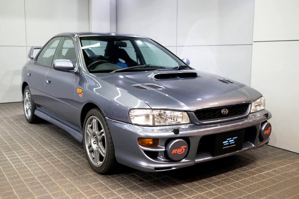 Subaru Impreza 1999 chay 6.500km, chao ban 2,16 ty dong
