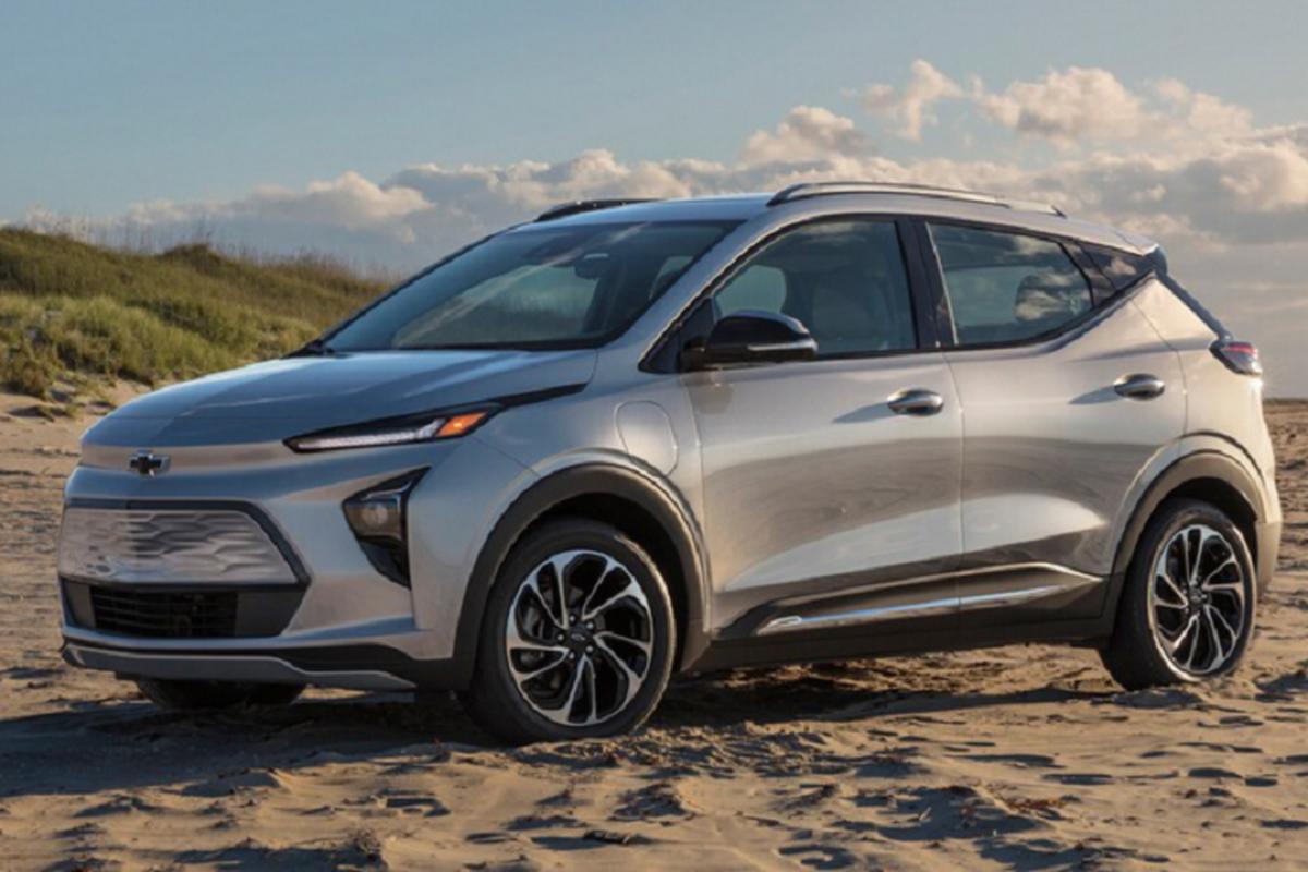 Chevrolet Bolt 2022 tu 31.995 USD, Tesla Model de chung-Hinh-2