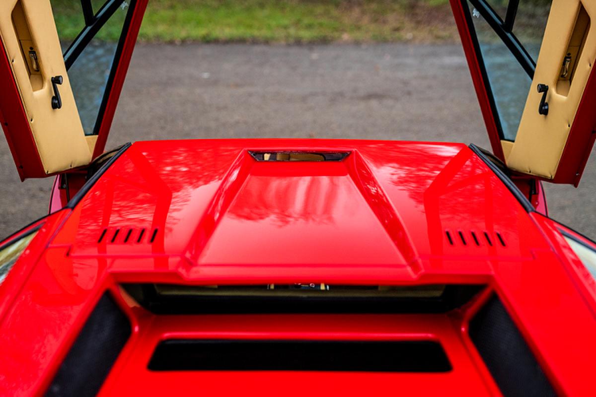 Owning Lamborghini Miura and Countach over 85 billion dong-Hinh-5
