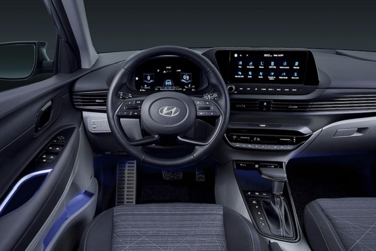 Hyundai Bayon tu 650 trieu dong,