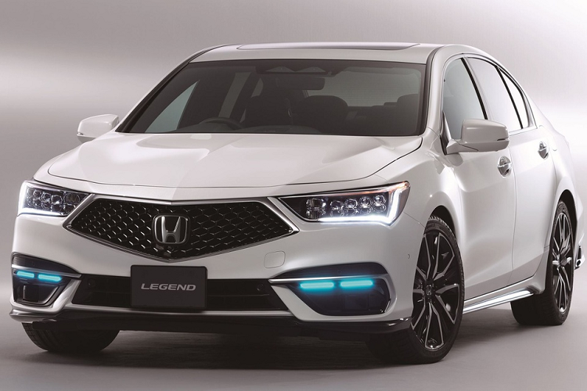Honda Legend Hybrid EX hon 2,3 ty dong, tu lai cap do 3