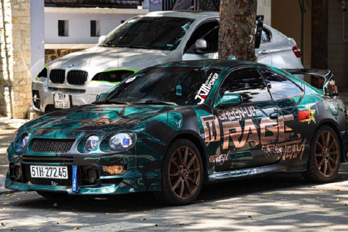 Can canh Toyota Celica doc nhat Sai Gon, rao ban chi 420 trieu