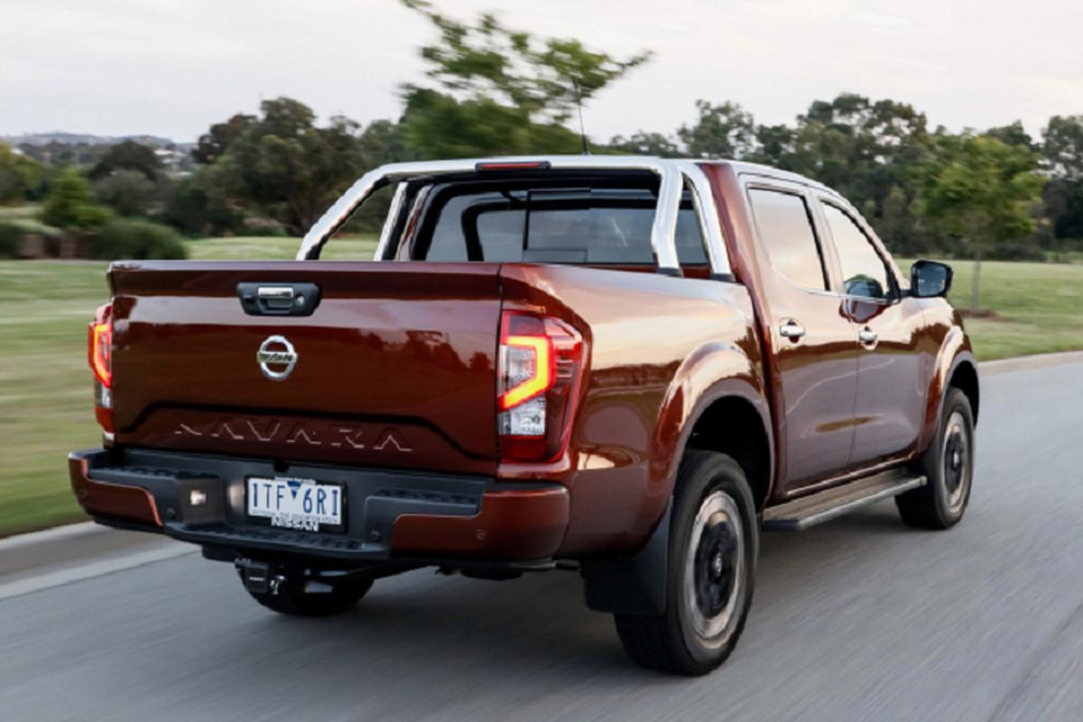 Nissan Navara 2021 tu 600 trieu dong tai Uc, them cua so troi-Hinh-10