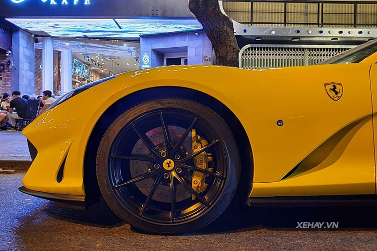 Sieu xe Ferrari 812 Superfast hon 27 ty