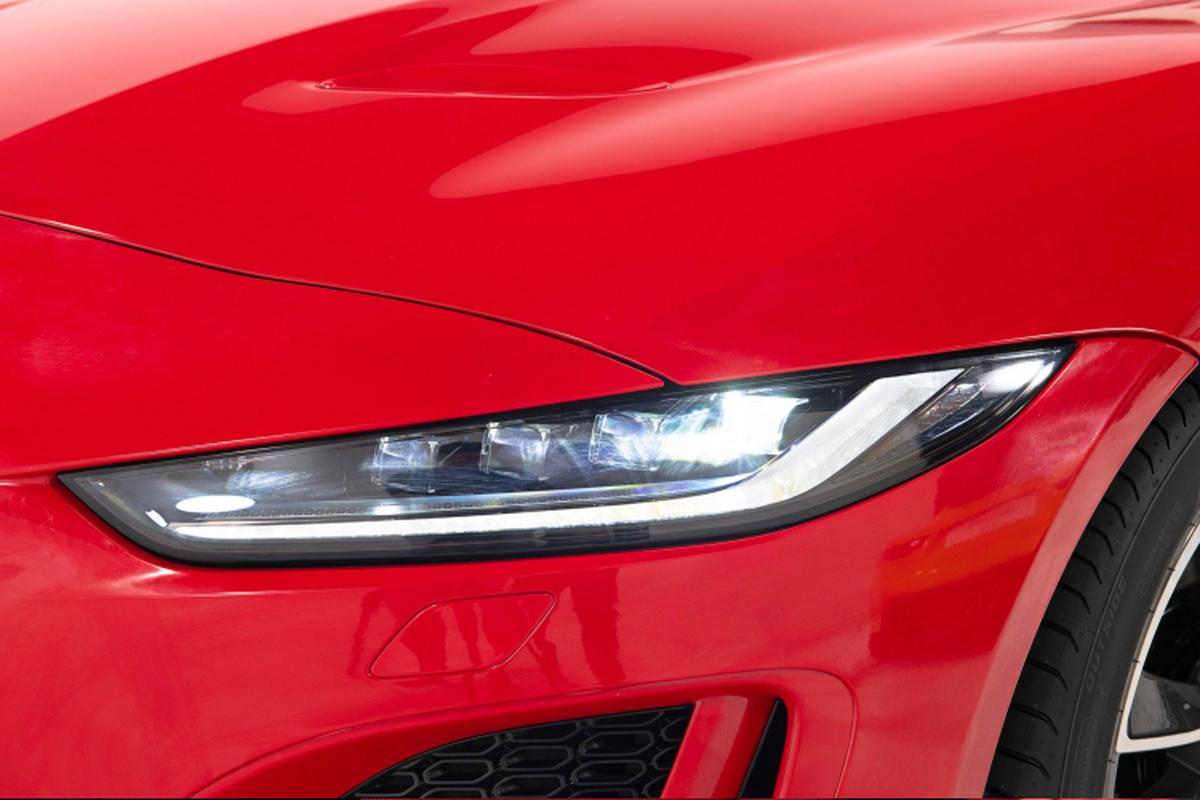 Jaguar F-TYPE 2021 cao nhat toi 15,2 ty dong tai Viet Nam-Hinh-8
