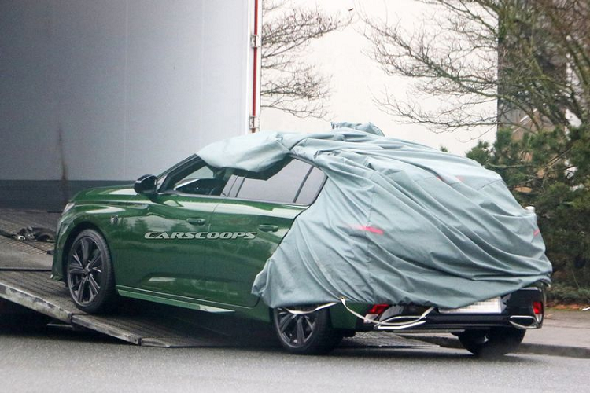 Peugeot 308 hatchback moi lo dien tuyet dep khi bo lop nguy trang-Hinh-3