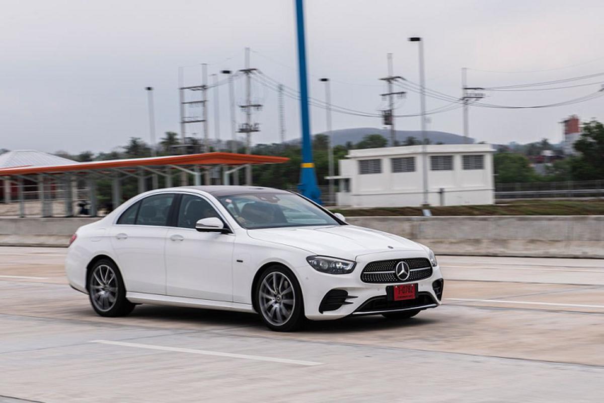Mercedes-Benz E-Class 2021 tu 2,46 ty dong sap ve Viet Nam?-Hinh-9