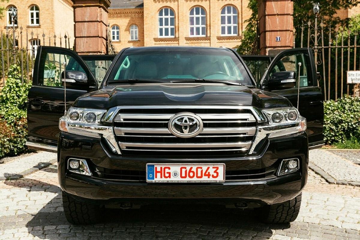 Chi tiet Toyota Land Cruiser chong dan, chi gan 6,5 ty dong-Hinh-2