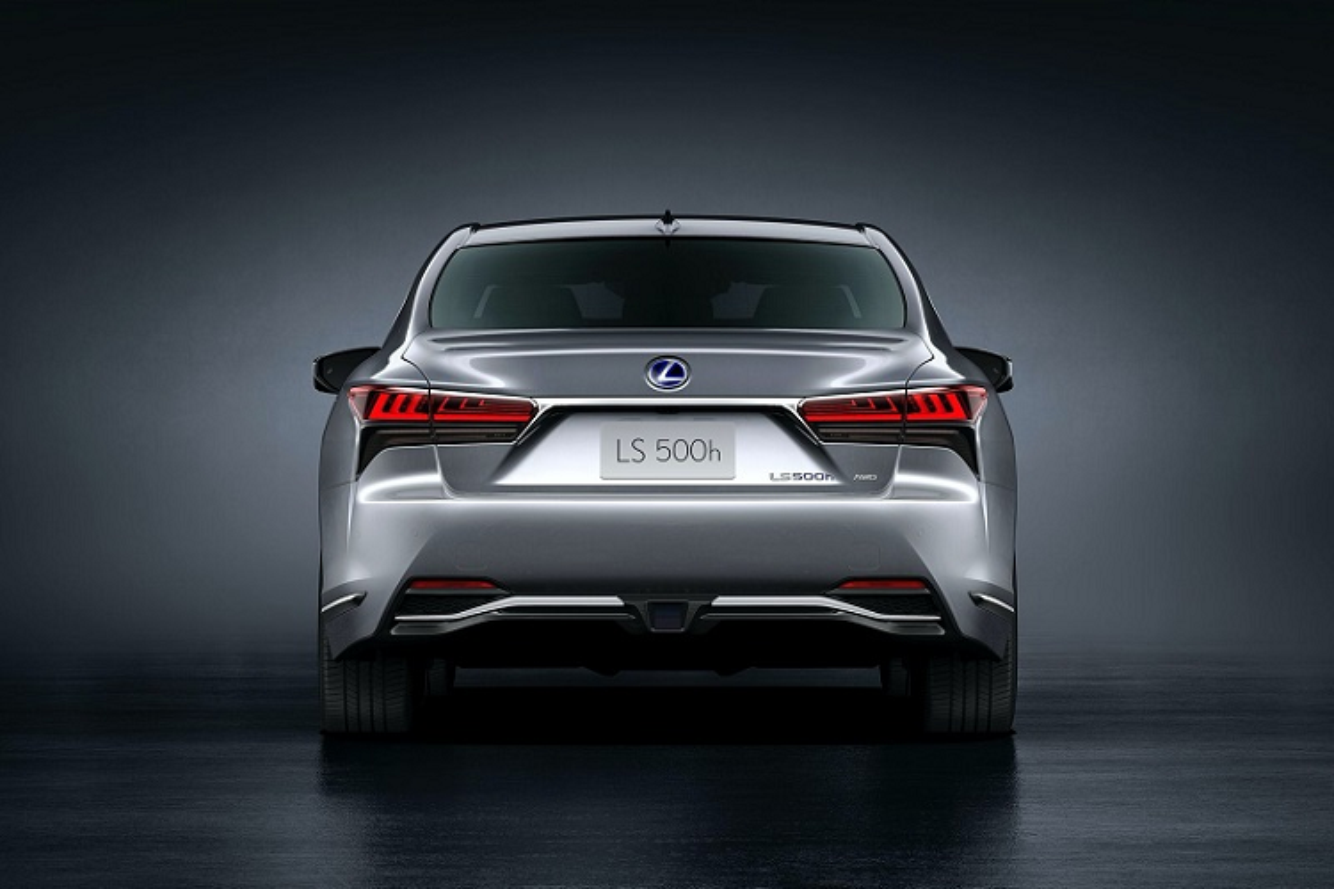Xe sang Lexus LS 500h 2021 se ban ra tu 2,11 ty dong?-Hinh-2