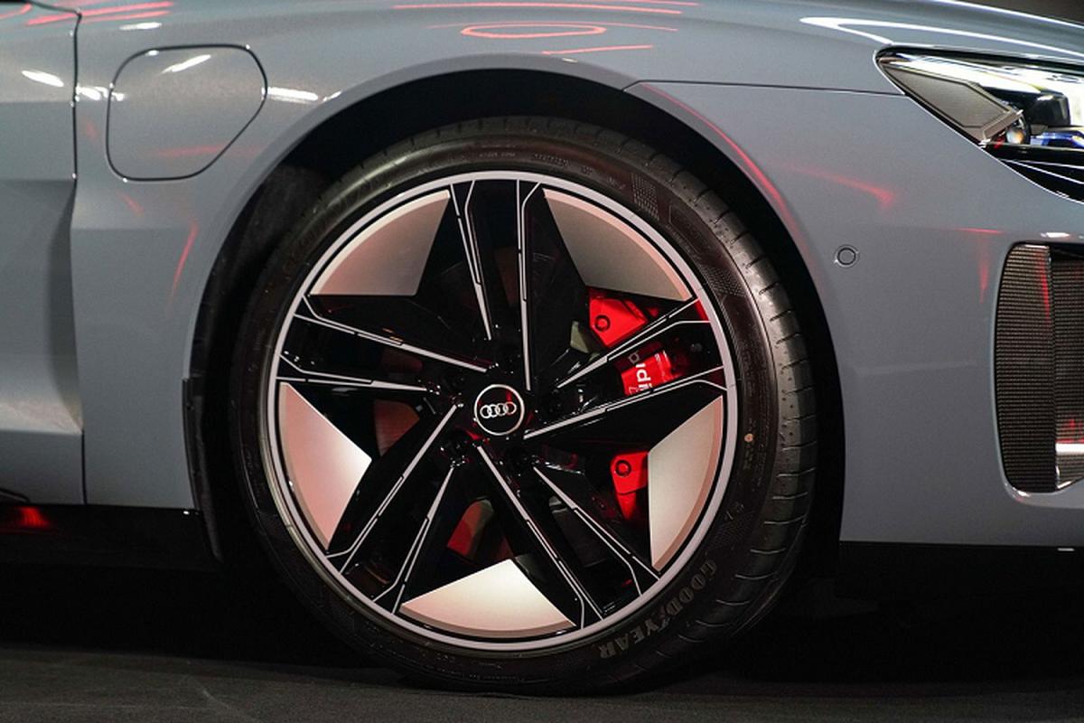 Audi e-tron GT 2022 tu 4,7 ty dong, chao Dong Nam A-Hinh-4