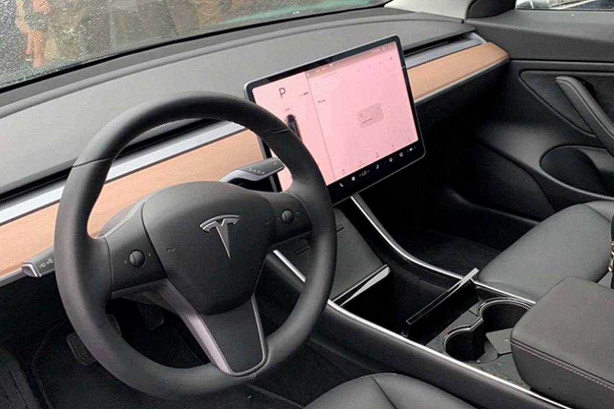 Xe Tesla Model 3 tien ty ve Viet Nam phuc vu sinh vien hoc tap-Hinh-5