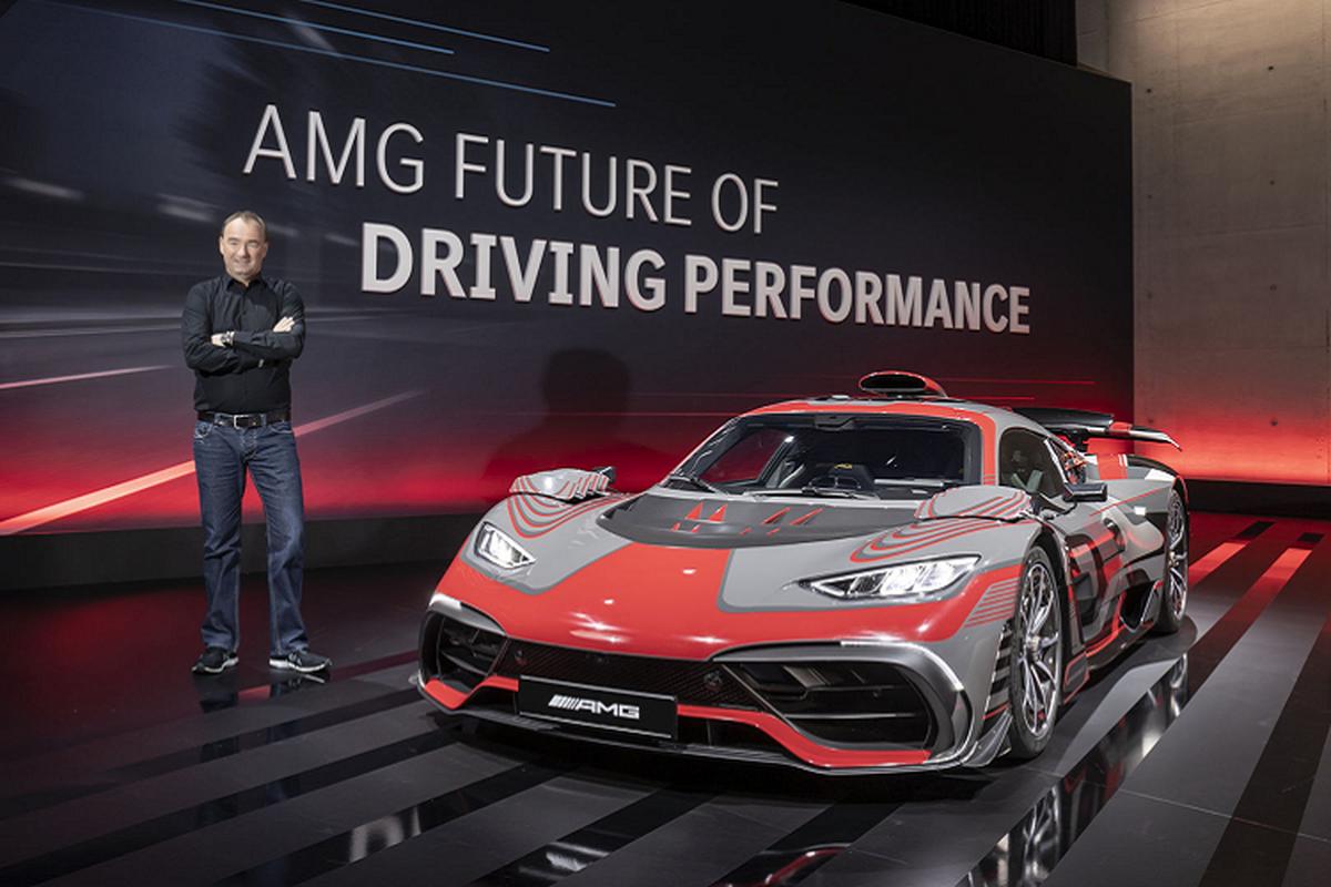 Mercedes-AMG E Performance moi, tuong lai dien hoa cua AMG