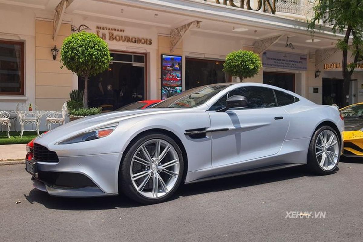 Aston Martin Vanquish phong cach DB5 cua diep vien 007 o Sai Gon-Hinh-6