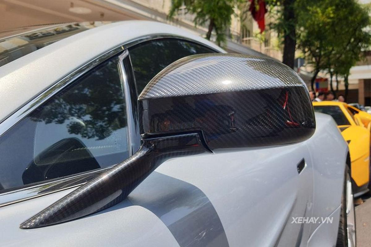 Aston Martin Vanquish phong cach DB5 cua diep vien 007 o Sai Gon-Hinh-7