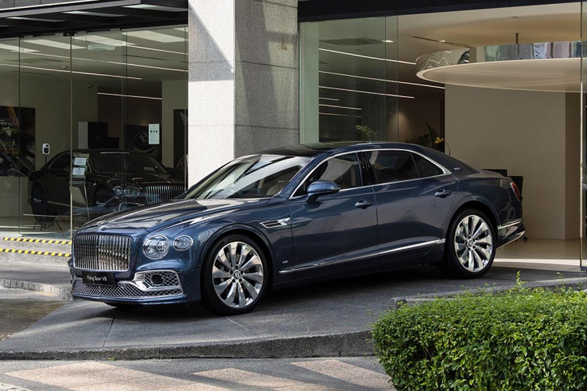 Bentley Flying Spur V8 tu 4,68 ty dong tai Malaysia, sap ve VN-Hinh-2