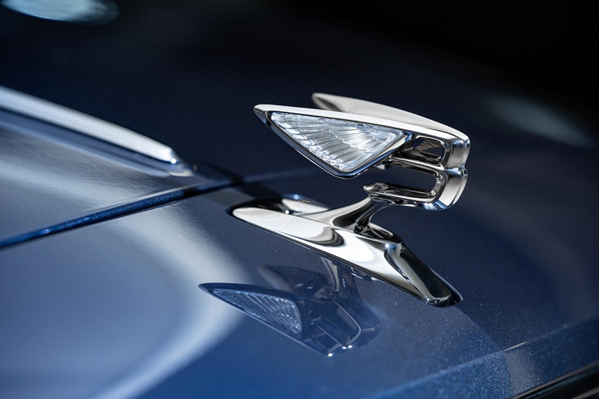 Bentley Flying Spur V8 tu 4,68 ty dong tai Malaysia, sap ve VN-Hinh-5