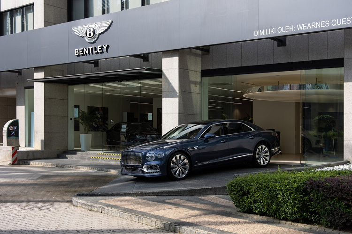 Bentley Flying Spur V8 tu 4,68 ty dong tai Malaysia, sap ve VN-Hinh-8