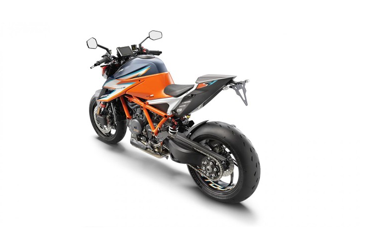 "Sieu naked-bike KTM 1290 Super Duke RR ""chay hang"" sau 48 phut-Hinh-4"
