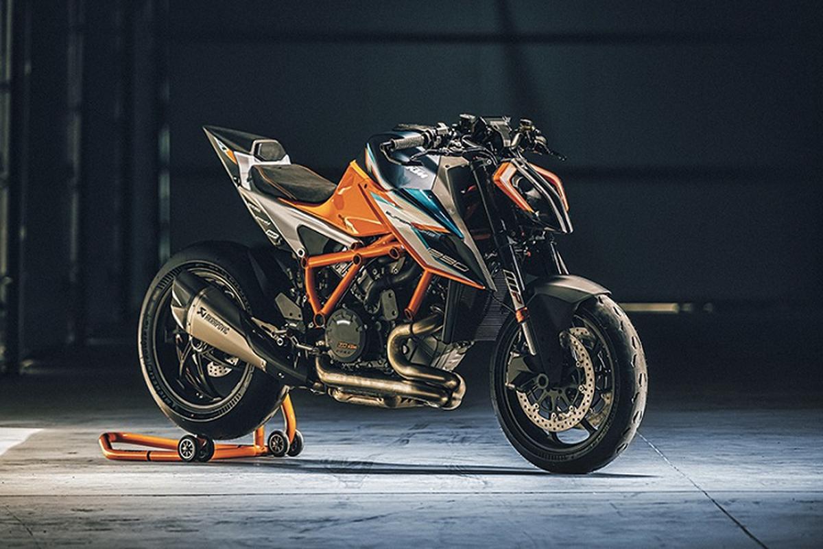 """Sieu naked-bike KTM 1290 Super Duke RR """"chay hang"""" sau 48 phut"""