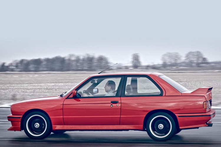 BMW E30 M3 Cecotto - xe the thao quy hiem trong lich su BMW-Hinh-7