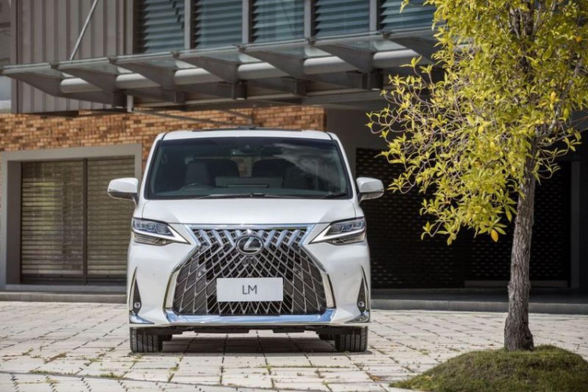 MPV hang sang Lexus LM 350 ban 4 cho tu 6,4 ty dong-Hinh-3