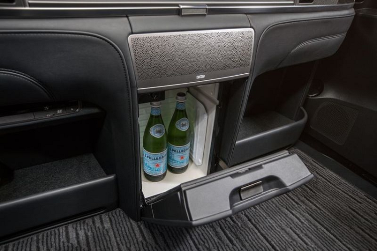 MPV hang sang Lexus LM 350 ban 4 cho tu 6,4 ty dong-Hinh-9
