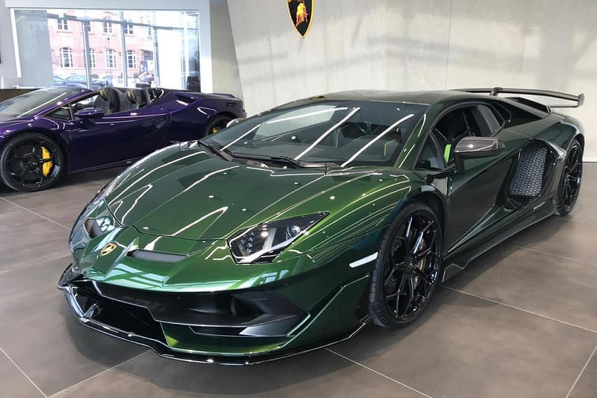 Ro tin don Lamborghini Aventador SVJ