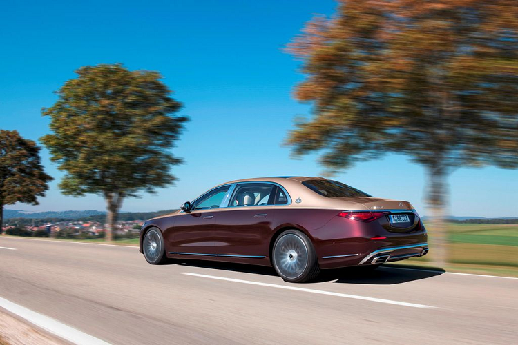 Will the new Mercedes-Maybach continue to use the V12 engine? -Hinh-6