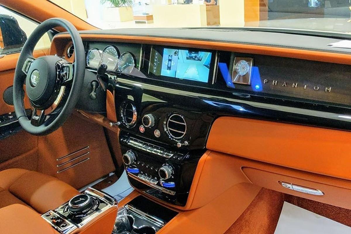 Dai gia Binh Thuan tau Rolls-Royce Phantom VIII hon 50 ty dong-Hinh-5
