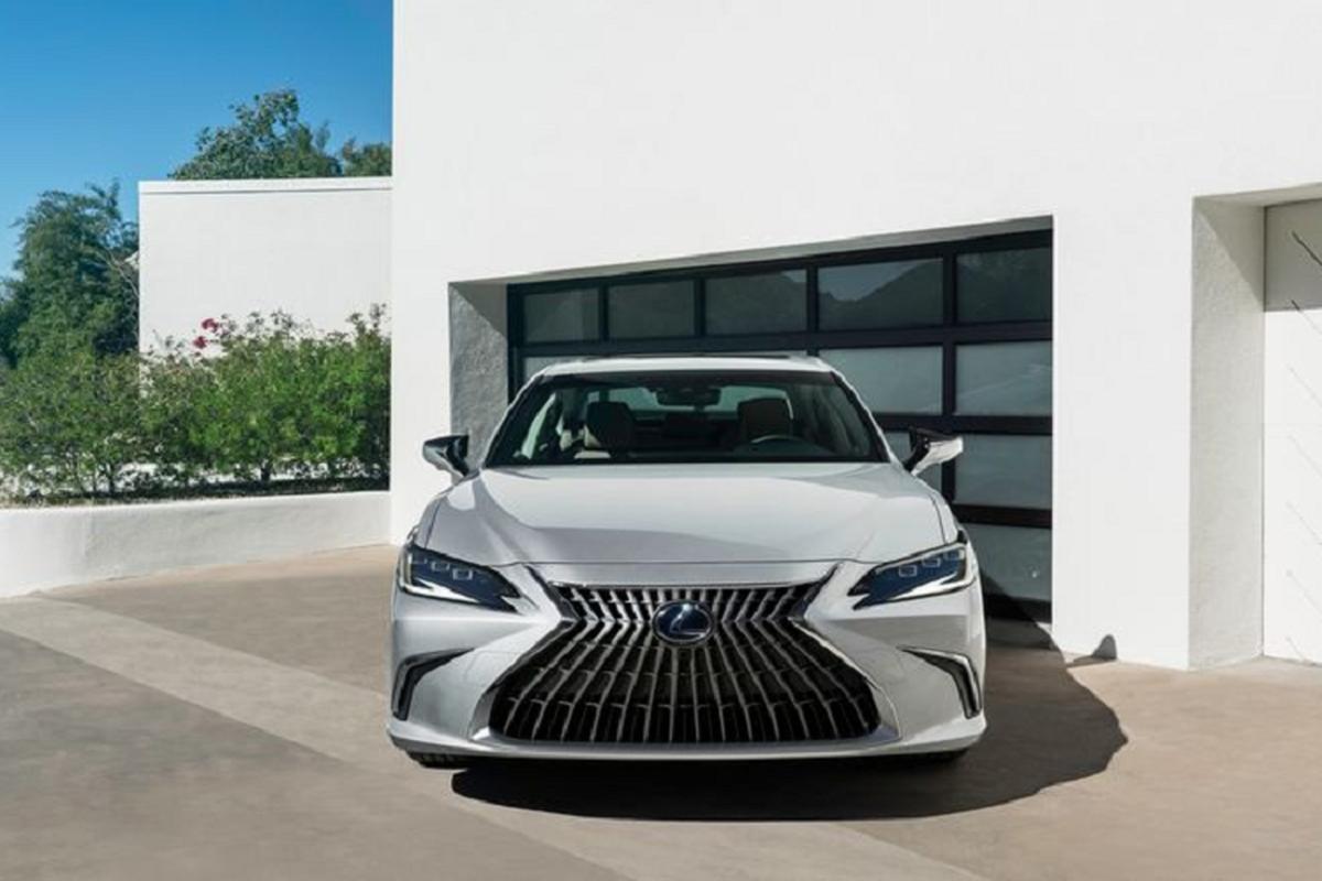 Lexus ES 2022 trinh lang: Ngoai that sac sao, cabin cao cap-Hinh-2