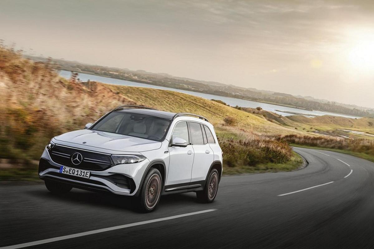 Xe sang Mercedes-Benz EQB chay dien lan banh hon 400 km/lan sac
