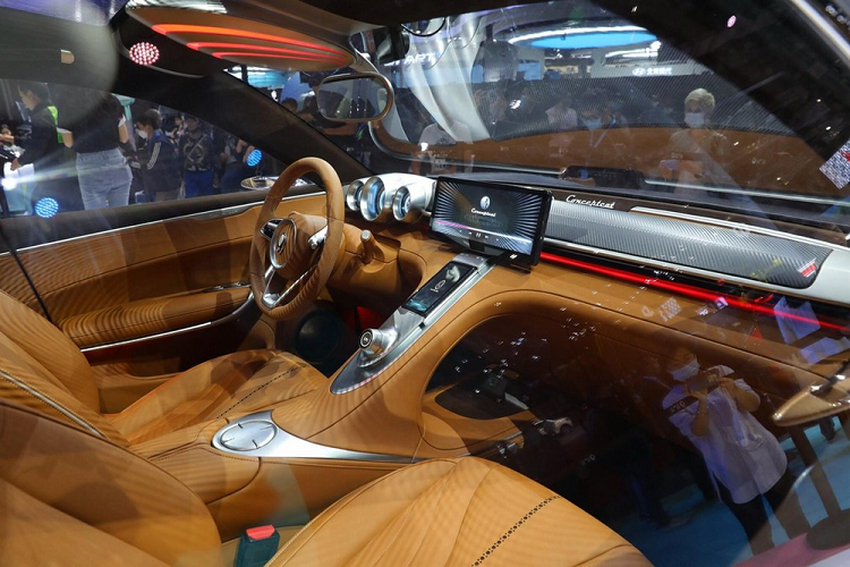 """Ora Lightning Cat - xe dien Trung Quoc gia re """"nhai"""" Porsche-Hinh-4"""