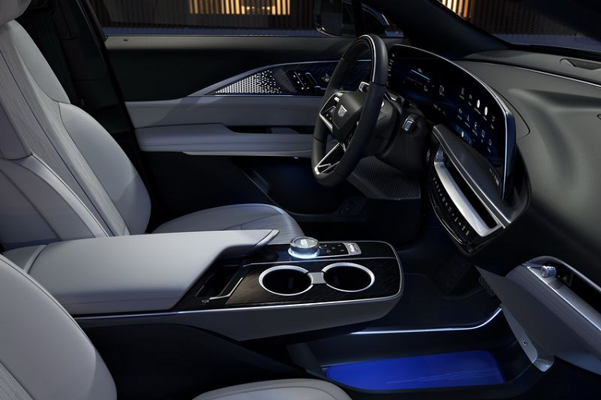 "SUV dien Cadillac Lyriq 2022 chi hon 1 ty dong, ""dau"" Tesla Model X-Hinh-6"
