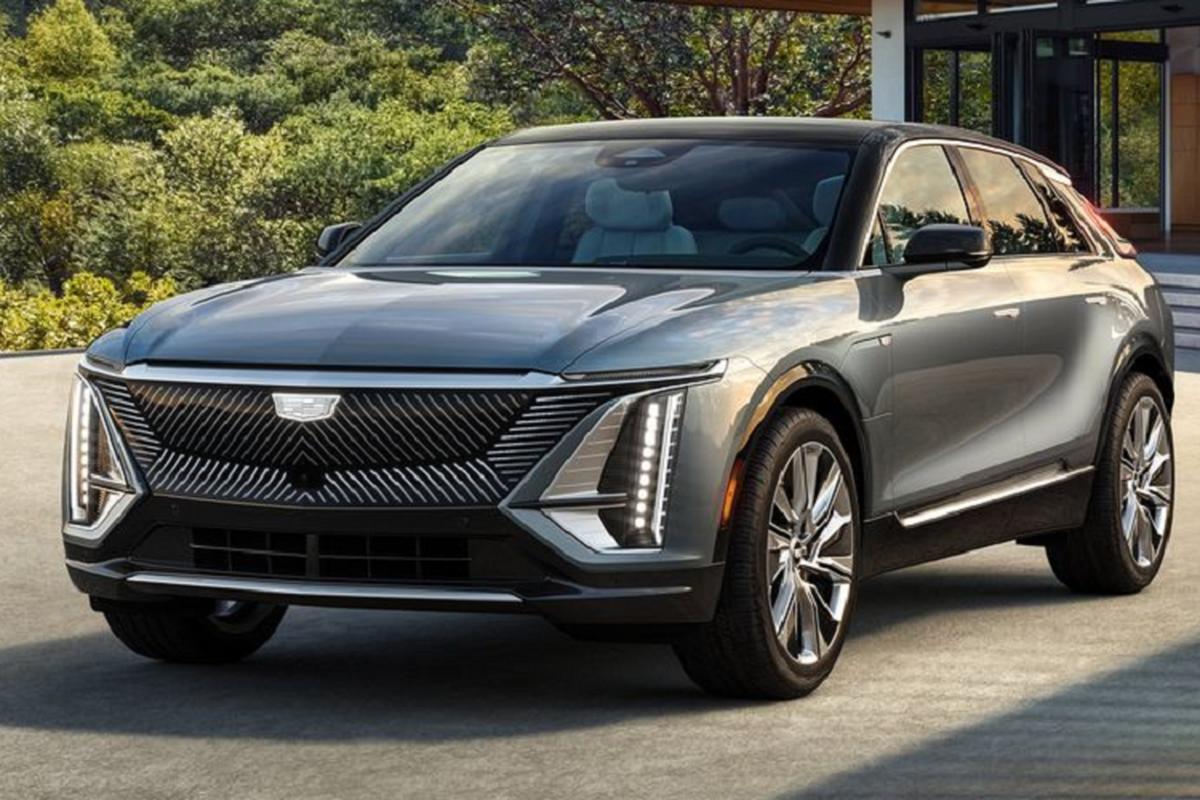 """SUV dien Cadillac Lyriq 2022 chi hon 1 ty dong, """"dau"""" Tesla Model X"""